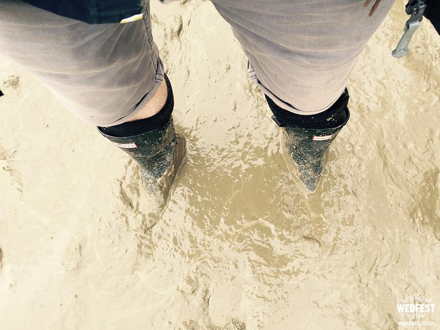 wedfest glastonbury mud 2016