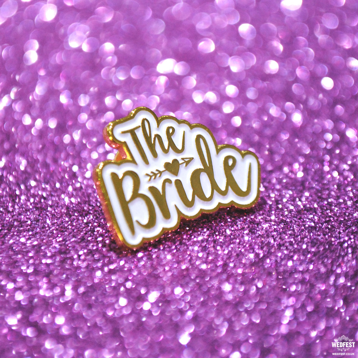 bride to be hen night badge lapel pin