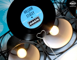 vinyl record wedding idea