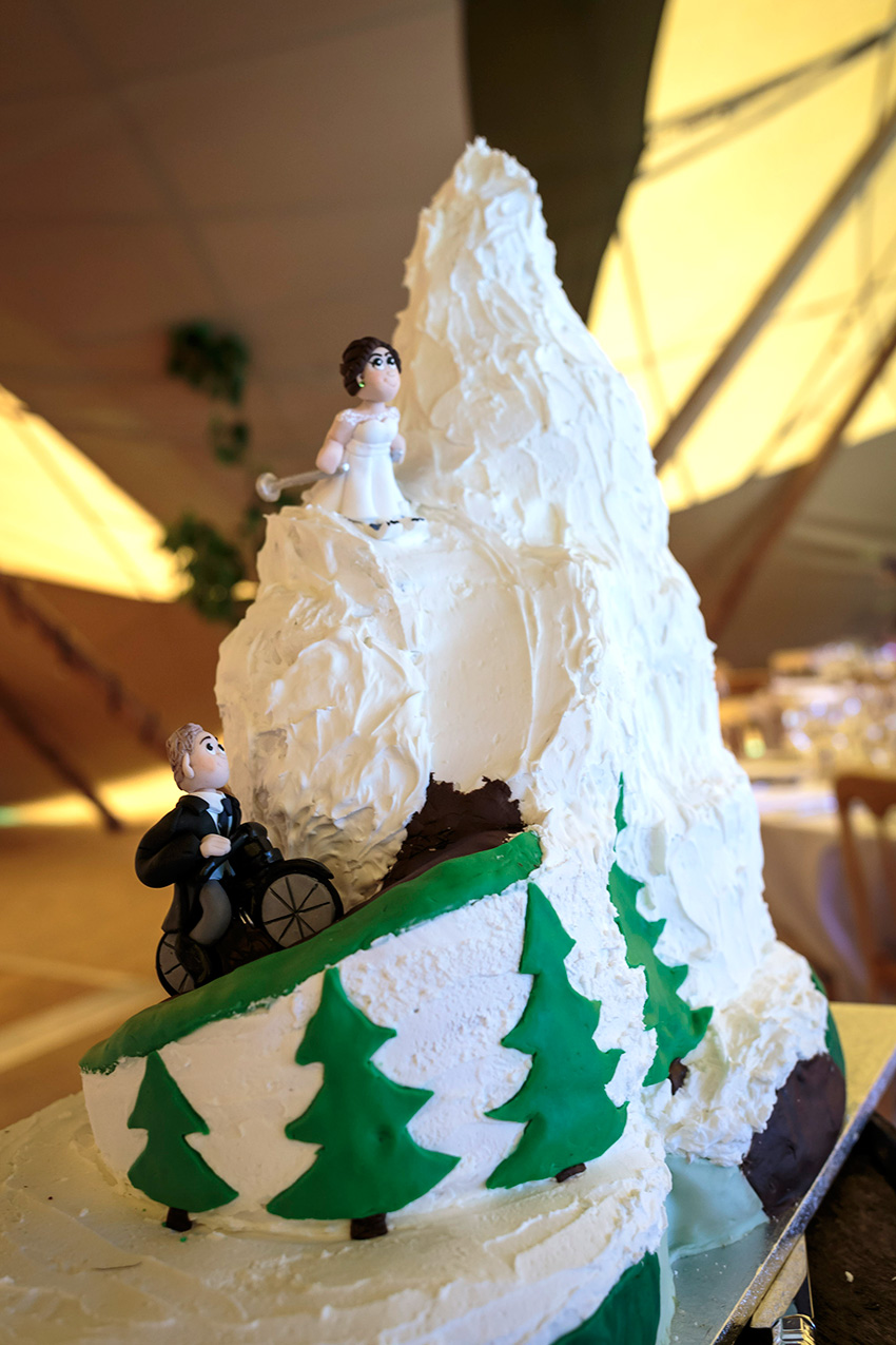 ski cycling wedding cake
