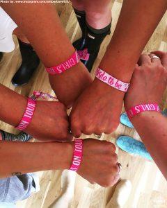 girls on tour hen party wristband