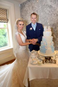 owl themed wedding cake