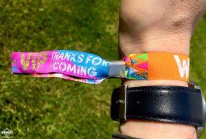 wristband companies uk