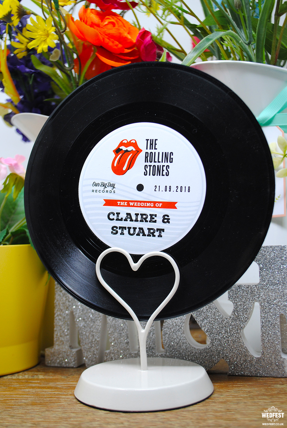 vinyl record wedding table-names retro rock n roll rolling stones