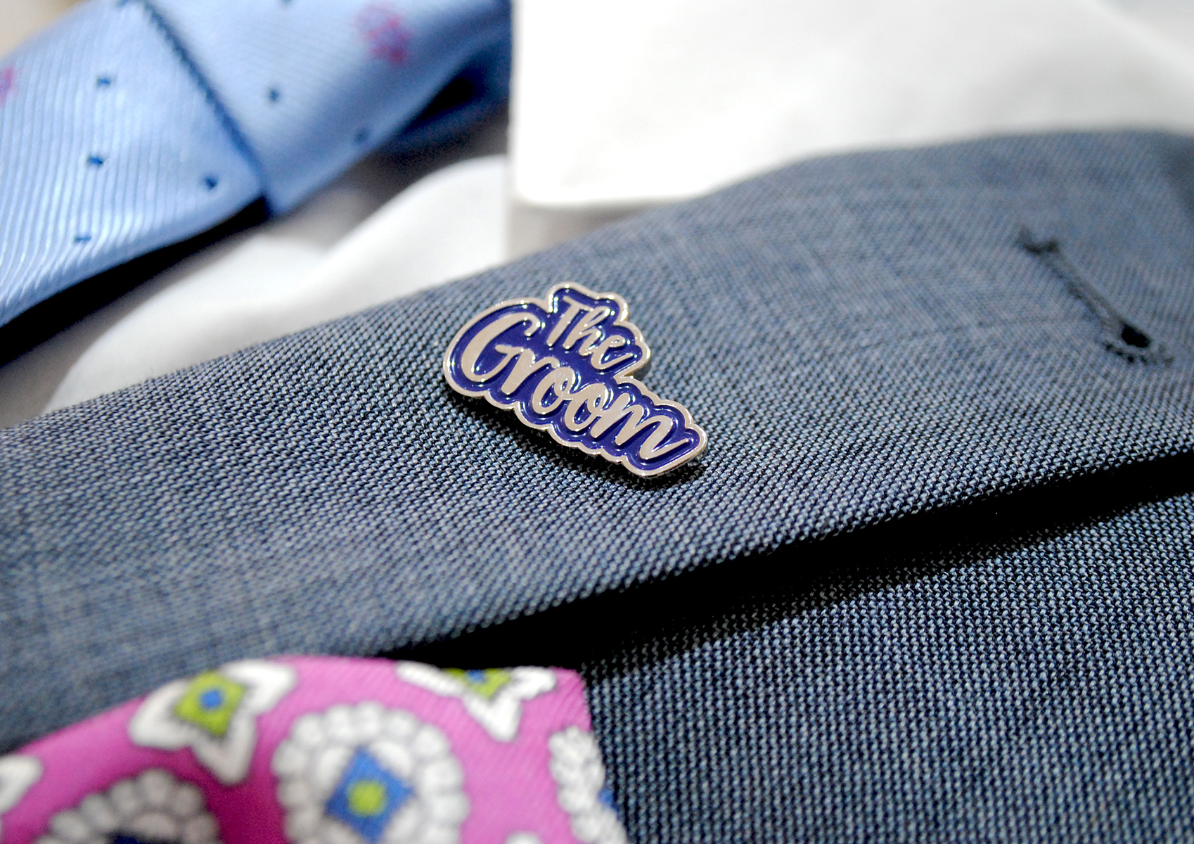 bride groom wedding day enamel lapel pin badge