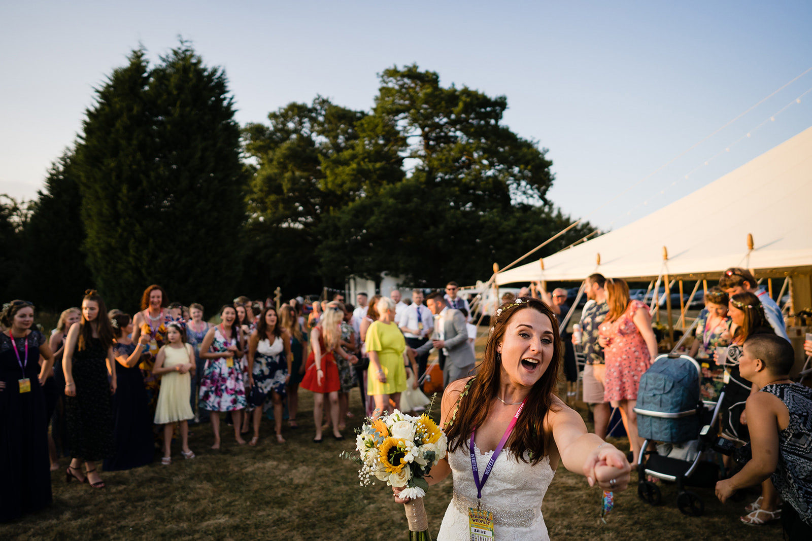 festival bride flower bouquet throwing