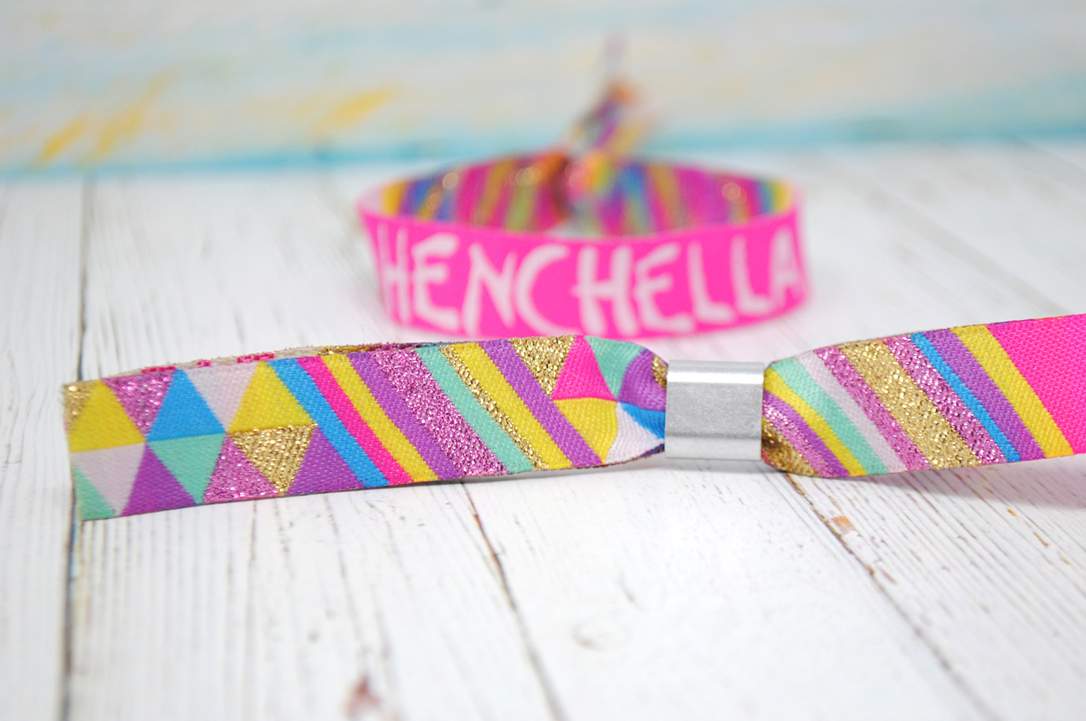 henchella hen wristbands favours