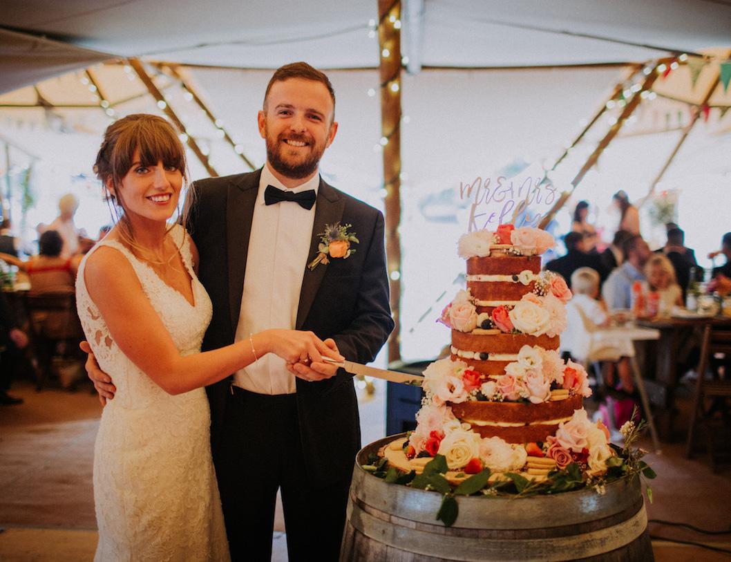 kellyfest wedfest festival wedding cake