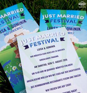 wooden signpost wedding invitation